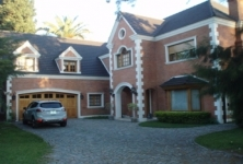 House for sale in San Benito La Horqueta San Isidro